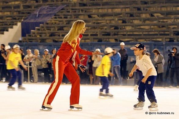 Татьяна Навка пробует первый Олимпийский лёд в Сочи